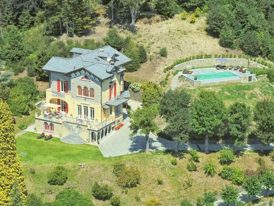 Photo for Luxurious Villa in Italian Lakes Region with Pool
