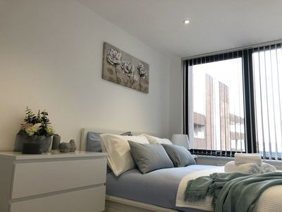 Photo for Stunning one bedroom apartment by Creatick