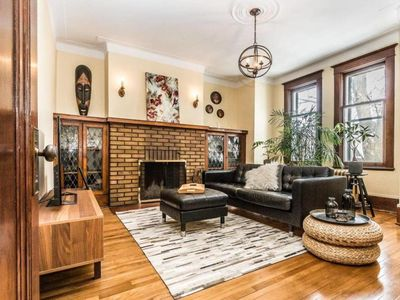Photo for Charming 1924 apartment - NDG 7 1/2