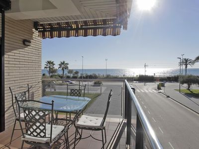 Photo for Pineda Beach 1 apartment in Pineda de Mar with WiFi, air conditioning & balcony.