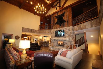 Make Awesome Memories with family and friends in this Luxury Mountain  Lodge! - Sapphire