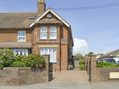 Photo for 3 bedroom accommodation in Bembridge