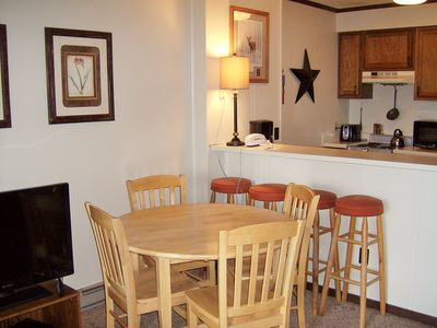 Photo for Cozy 1 Bedroom Walking distance to Soaring Eagle LIft