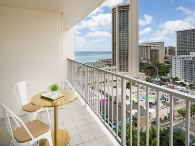 Photo for Excellent 1 Bedroom at Pacific Monarch