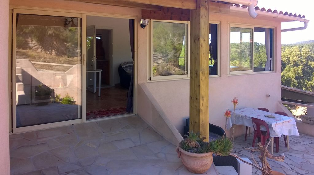 Property Image#3 Apartment 2 pieces 2 to 3 presonnes, the protes maquis