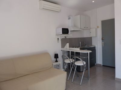 Photo for Air-conditioned studio 5 minutes walk from the sandy beach of sablettes