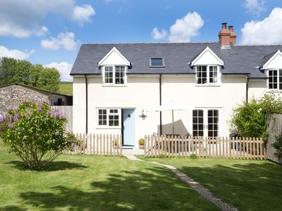 Photo for Two bed self catering cottage, BLUEBELL COTTAGE at POLE RUE FARM