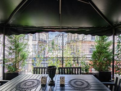 Photo for TERRASSE Royale, best location to visit NANTES.