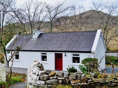 Photo for holiday home, Leenane  in Galway - 4 persons, 2 bedrooms
