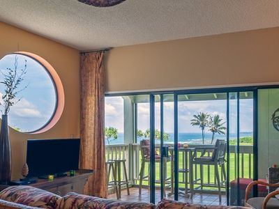 Photo for Kamahana 24: Spacious upstairs corner with great ocean & golf course views.