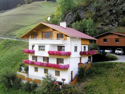 Photo for Apartment Haus Wechner (KPL482) in Kappl - 11 persons, 5 bedrooms