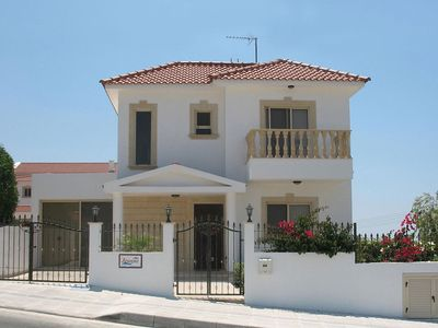Photo for Luxury villa with private pool, Wi-Fi, UK TV, gas BBQ, full welcome pack