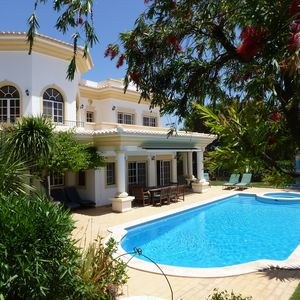 Photo for Spacious Villa with Large Pool, Roof Terrace and Panoramic Sea Views