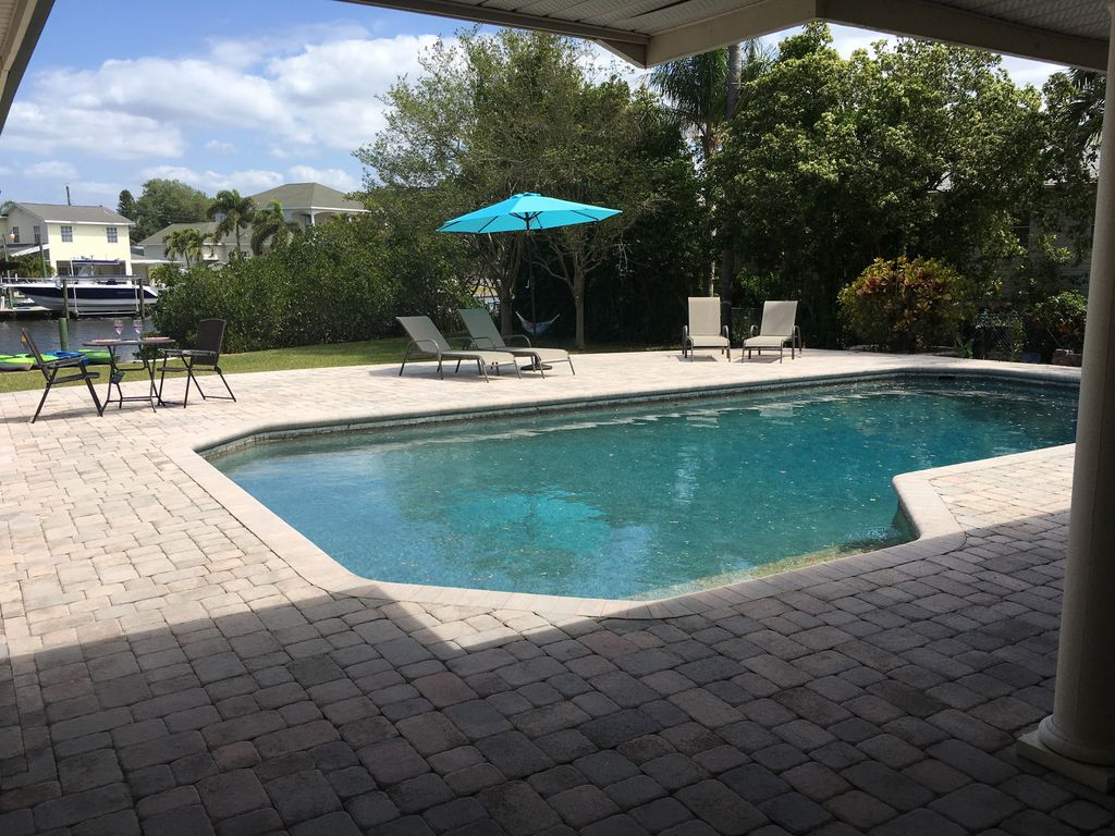 Beautiful Private Home on Canal with Pool j... - VRBO