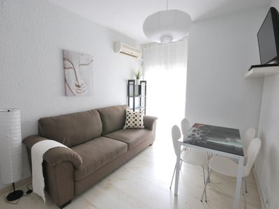 Photo for Cozy Gaudí Apartment in Gracia