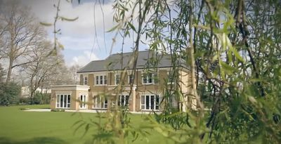 Photo for Beaumont house - Five Bedroom House, Sleeps 16