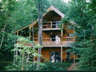 Photo for 'AERIE' Eagles Nest Lodge, Five bedroom, Two kitchen, Full Log home