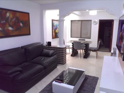 Photo for 3 Bedroom AC Hot Tub, Dish washer Lleras, Bar All king beds.