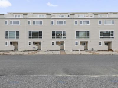 Photo for FREE DAILY ACTIVITIES INCLUDED!  Four bedroom, 2 Full + 2 Half baths townhouse