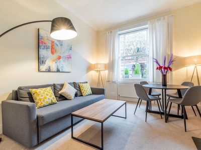 Photo for Tachbrook - Superb one bedroom apartment next to Pimlico Station (TCH)
