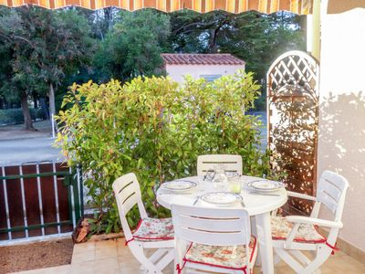 Photo for Apartment Résidence René Cros I  in Bandol, Cote d'Azur - 4 persons, 1 bedroom