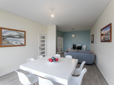 Photo for Oporto Family & Friends Boavista Apartment