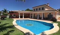 A luxury villa with stunning views, well equipped and beautifully kept