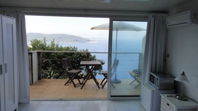 Photo for Studio on the Ile du Levant - superb sea view