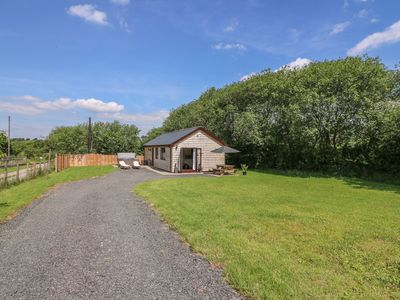 Photo for CHERRY TREE LODGE, family friendly in Llandrindod Wells, Ref 933626