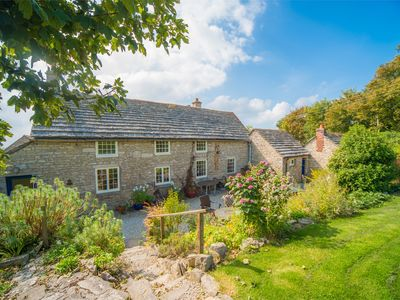 Photo for 4 bedroom Cottage in Isle of Purbeck - IC175