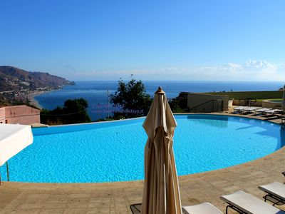 Amazing Apartments in Taormina Center, with swimmingpool, parking, view
