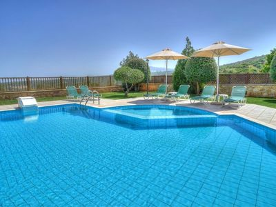 Photo for This 3-bedroom villa for up to 6 guests is located in Gerani and has a private swimming pool, air-co