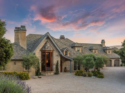 Photo for Beautiful Tuscan Estate in Carmel Valley, close to wineries and Carmel Beach