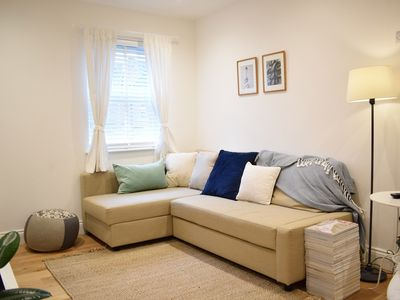 Photo for Bright 1 Bedroom Apartment in Wimbledon Park