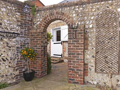 Photo for Vine Cottage Immaculate Historical Hideaway for Couples