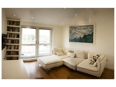 Photo for Spacious Double Bed Flat in Gipsy Hill