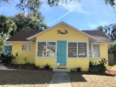 Renovated Cottage! Historical downtown area.  Jan. 1-23, 2021 available!
