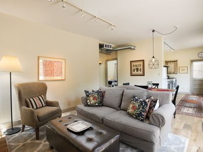 Photo for 2 br/2 ba Casita with full kitchen in incredible downtown location!