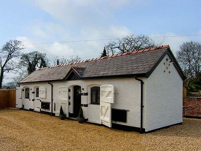 Photo for THE OLD PIGGERY, romantic, with open fire in Henllan, Ref 917585