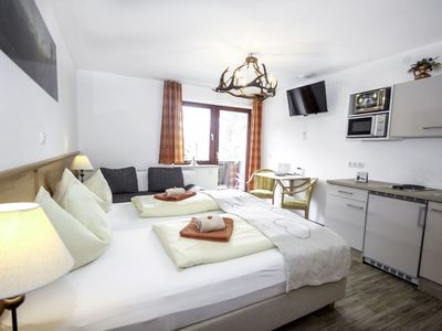 Photo for Cosy apartment for 2 people with WIFI, pool, TV, balcony and parking