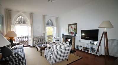 """Photo for Spacious & stylish """"Bourgeois"""" apartment right in the historic Antibes"""