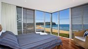 TWO POINTS, MACMASTERS BEACH - BEACHFRONT