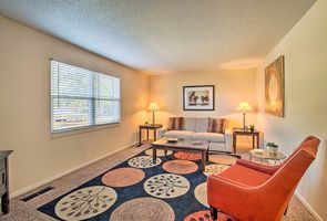 Photo for 1BR Apartment Vacation Rental in Overland Park, Kansas
