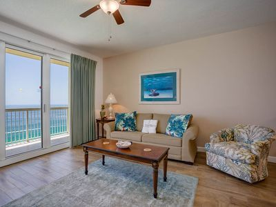 Photo for Vacation Rental with an amazing View, Gulf-front balcony, On-site pool and hot tub, On the beach