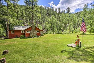 Find an off-the-grid getaway at this Keystone vacation rental cabin!