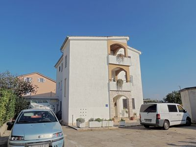 Photo for Lovely Studio - near the beach, balcony with sea view, private parking, Wi-Fi