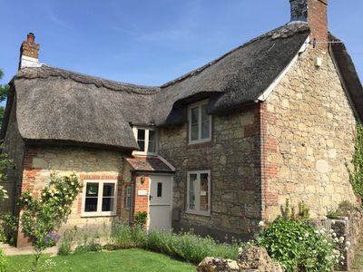 Photo for Luxury 5 star chocolate box thatched cottage close to west Wight beaches