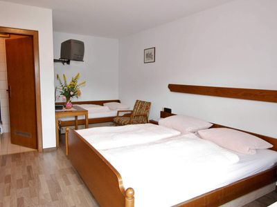 Photo for No. 11 double room with shower and toilet - Gasthaus Metzgerei Zur Linde