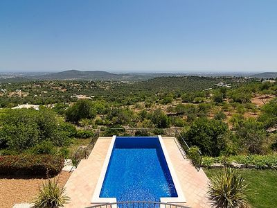 Photo for Luxury villa with garden and pool in a rural location with world class views