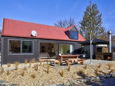 Photo for The Red Cottage - Arrowtown Holiday Home